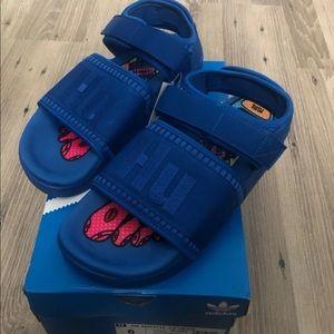 UNISEX Adidas Adilette 2 Pharrell Blue